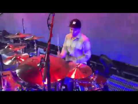 Mat Nicholls (Bring Me The Horizon) Soundcheck + Happy Song