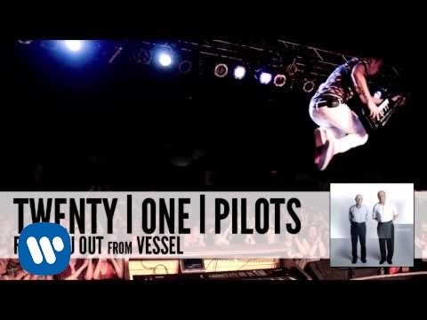 twenty one pilots: Fake You Out (Audio)