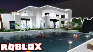 MY $1,000,000+ MODERN MANSION HOUSE TOUR!!! (Roblox Bloxburg)