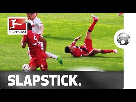Pha vấp ngã khó đỡ của sao Bundesliga