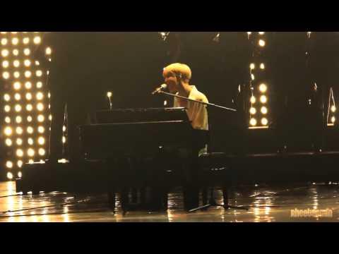 SHINee Taemin playing piano and singing 'I love you