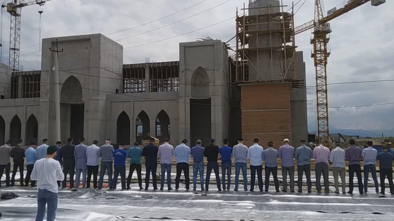 Жители Ингушетии помолились об освобождении активистов