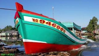 Hạ thủy tàu cá,ghe cần bán/0846444445.