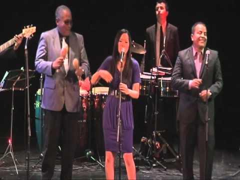 Cocoblue Salsa Band - Clocks
