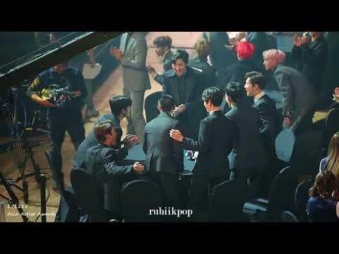 171115 AAA - D.O. & EXO wins Popularity Award! 디오 (도경수) 엑소 인기상 수상  (Asia Artist Awards)
