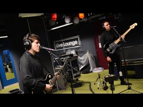 Baixar The xx - Sunset in the Radio 1 Live Lounge