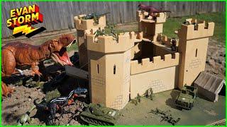 PLASTIC ARMY MEN Castle VS Dinosaurs backyard Play at Home