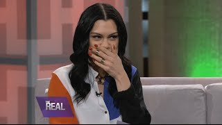 Jessie J Sings with a Mouth Full of Marshmallows!