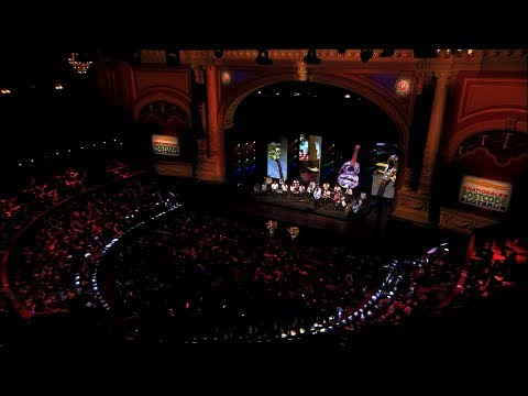 5º Sinfonía de Beethoven Orquesta de Reciclados Cateura Teatro Carre, Amsterdam Febrero 2014