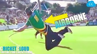 10 Best Acrobatic Catches Ever Taken in the History of Cricket - Can you rate them No.10 - No.1 ?