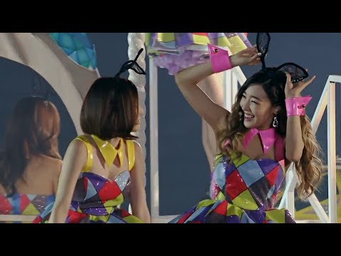 [DVD] Girls' Generation (소녀시대) - Kissing You 'Phantasia' in Seoul