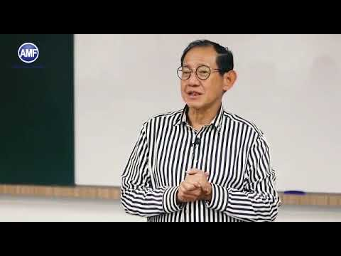 Asian Marketing Forum speaker -  Hermawan on Entrepreneurial Marketing Compass and Canvas
