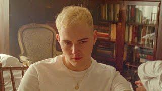 Trevor Daniel - Falling (Official Music Video)