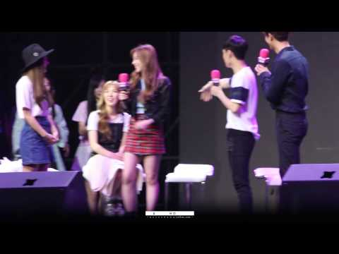 [Fancam] 150615 Seulgi VS Irene Playing ICC at SUPERSTAR SMTOWN Fanmeeting in Beijing