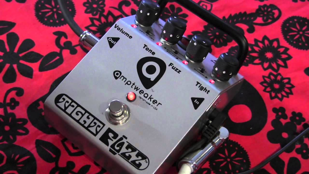 amptweaker tight fuzz guitar effects pedal demo with kingbee hss strat youtube. Black Bedroom Furniture Sets. Home Design Ideas