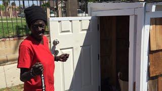 DIRLJIVO: Napravio mali dom za beskućnicu koja je spavala na ulici ispred njegove kuće (VIDEO)