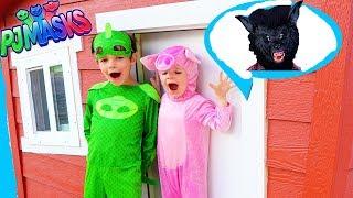 PJ Masks GEKKO Helps Little PIG from Big PAW PATROL Dog in Huge Wooden Playhouse!