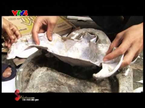 Learn how to make a paper - made mask -  A Vietnames traditional toy