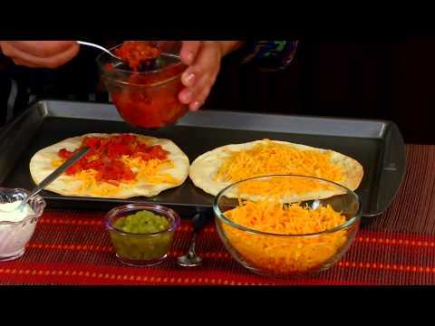 Azteca Food's Chef Gustavo Presents Chili Cheese Crisps