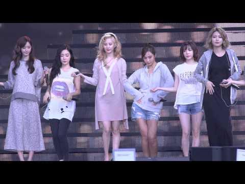 DMC DJ콘서트 소녀시대 Lion heart 리허설1