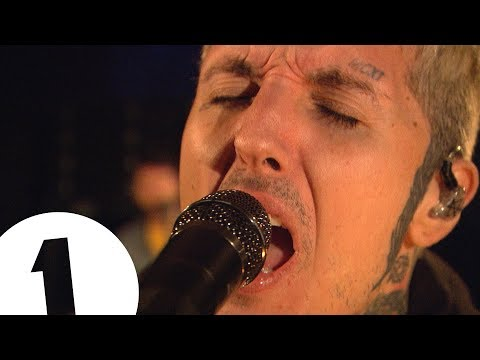 Bring Me The Horizon - medicine on Radio 1