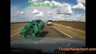 حوادث سيارات غريبة جدا