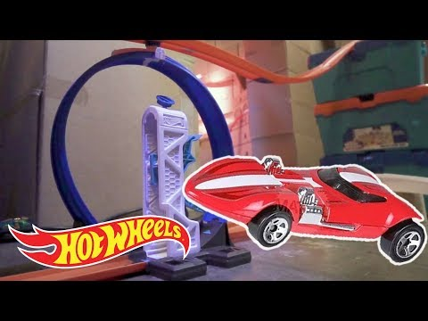 Best Jumps and Loops! | Hot Wheels Unlimited | Hot Wheels