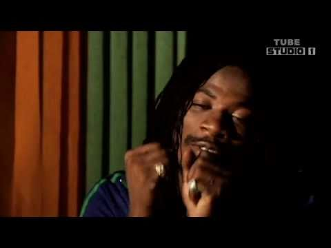 Gyptian Ft Nicki Minaj - HOLD YOU