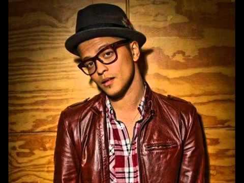Bruno Mars - Our First Time (traducida español)