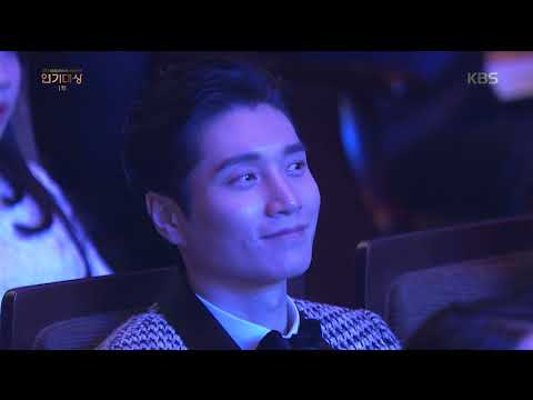 2017 KBS연기대상 - [2017 KBS연기대상][축하공연] 더 유닛 - That´s What I Like+My Turn 20171231