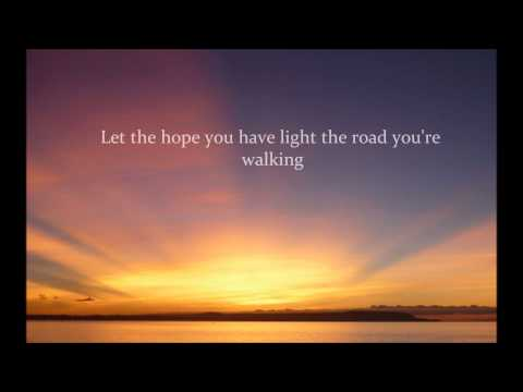 Baixar Britt Nicole - The Sun Is Rising with lyrics