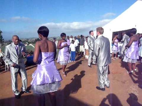 The Best Wedding First Dance Ever