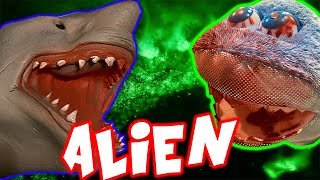 EVIL ALIEN ATTACKS SHARK PUPPET!!!!!