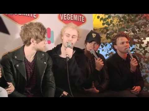 We Played Heads Up With 5 Seconds Of Summer! | Hit 30