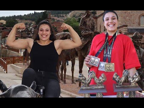Mevsimlik İşçi Gülistan, Bilek Güreşinde Türkiye Şampiyonu Oldu