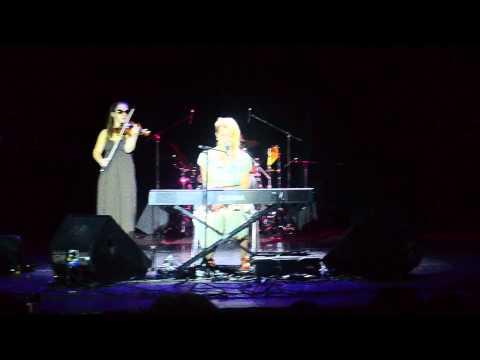 Концерт Fleur Москва 27.09.13 (Небо хочет упасть, Почти реально, Дикое сердце, Я сделаю это)