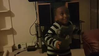 3 year old dancing watch me by Silento - YouTube