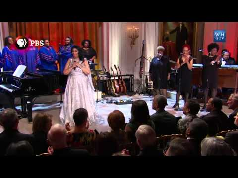Aretha Franklin Performance At White House 2015  the look