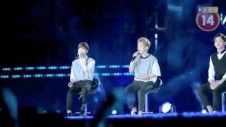 Khi Sao HÀN EXO hát  Người ấy  tại Hà Nội HD