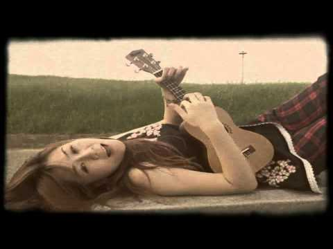 陳綺貞  微涼的你 ukulele cover BY Lele