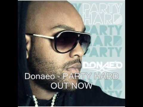 Donaeo - 03 - Watching Her Move (Party Hard Album)