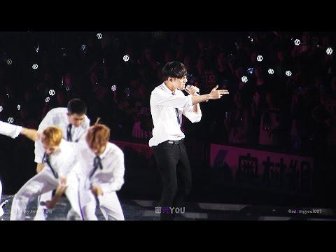 161210 OSAKA KYOCERA DOME THE EXO'rDIUM -  LOVE ME RIGHT (Lay focus)