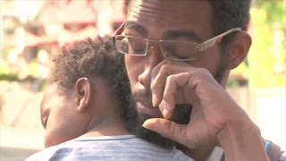 Homeless Single Father Brought to Tears After Strangers Donate $35,000