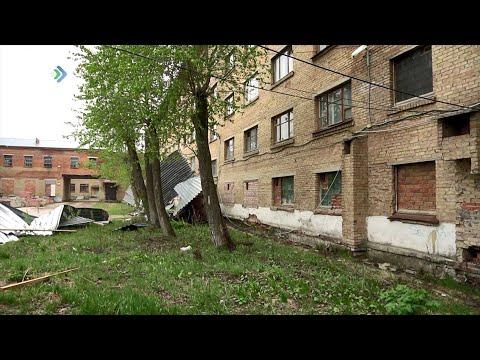 В Ухте устраняют последствия урагана, который пронесся над городом накануне вечером