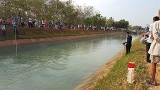 Tây Ninh: Đường ven kênh xuống cấp, nhiều người té xuống sông chết đuối