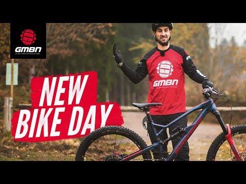 New Bike Day! | Neil's Brand New Nukeproof Mega 275 Carbon MTB
