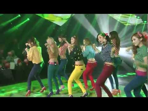 SNSD - Dancing Queen (Jan 6, 2013)