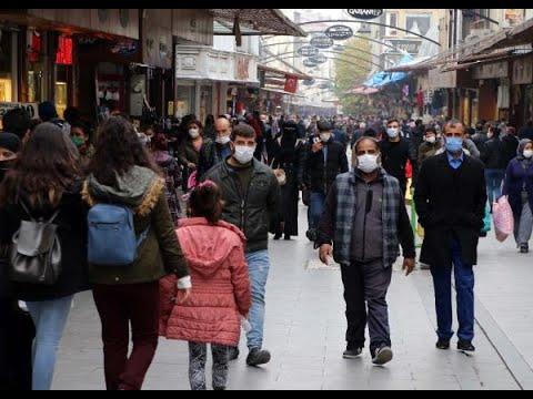 Gaziantep'te, çarşıda yoğunluk
