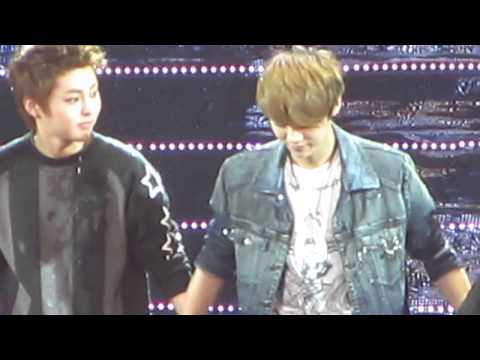 2012.4.29 Super Jr. SS4 in Ina..ending..EXO-M got wet too, by naughty Donghae, Yesung & Siwon ~~