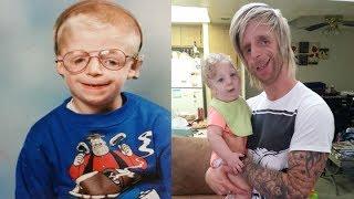 Bị cha mẹ bỏ rơi vì quá xấu, 33 năm sau, cậu bé khiếm khuyết làm nên kỳ tích